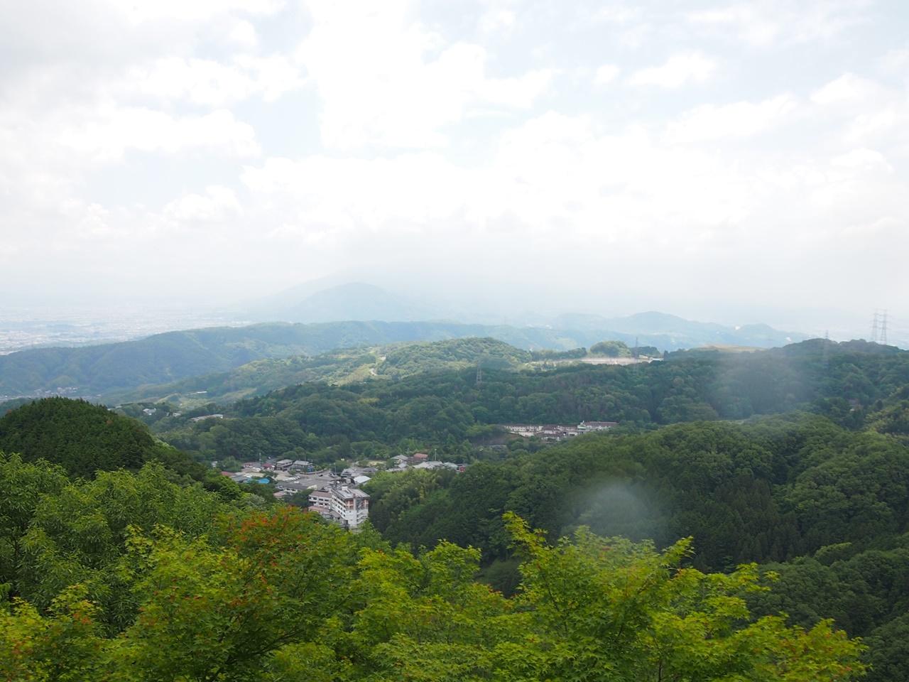 信貴山 空鉢堂 頂上景色